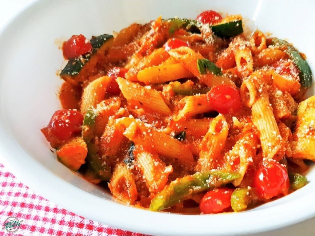 Red-sauce-pasta-with-cheese