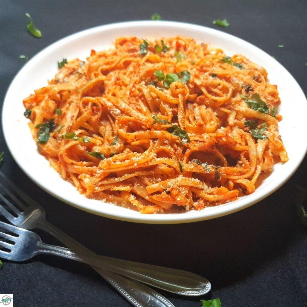red sauce spaghetti pasta